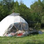 Le principe de l'habitat Léger est de pouvoir le déplacer, en voici la preuve: Déménagement en décembre 2008 au Mas d'Azil