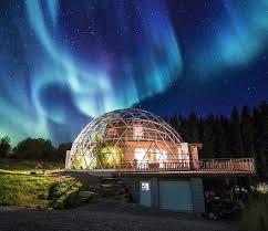 Le Dôme en Verre abrite une maison - Suède 2015